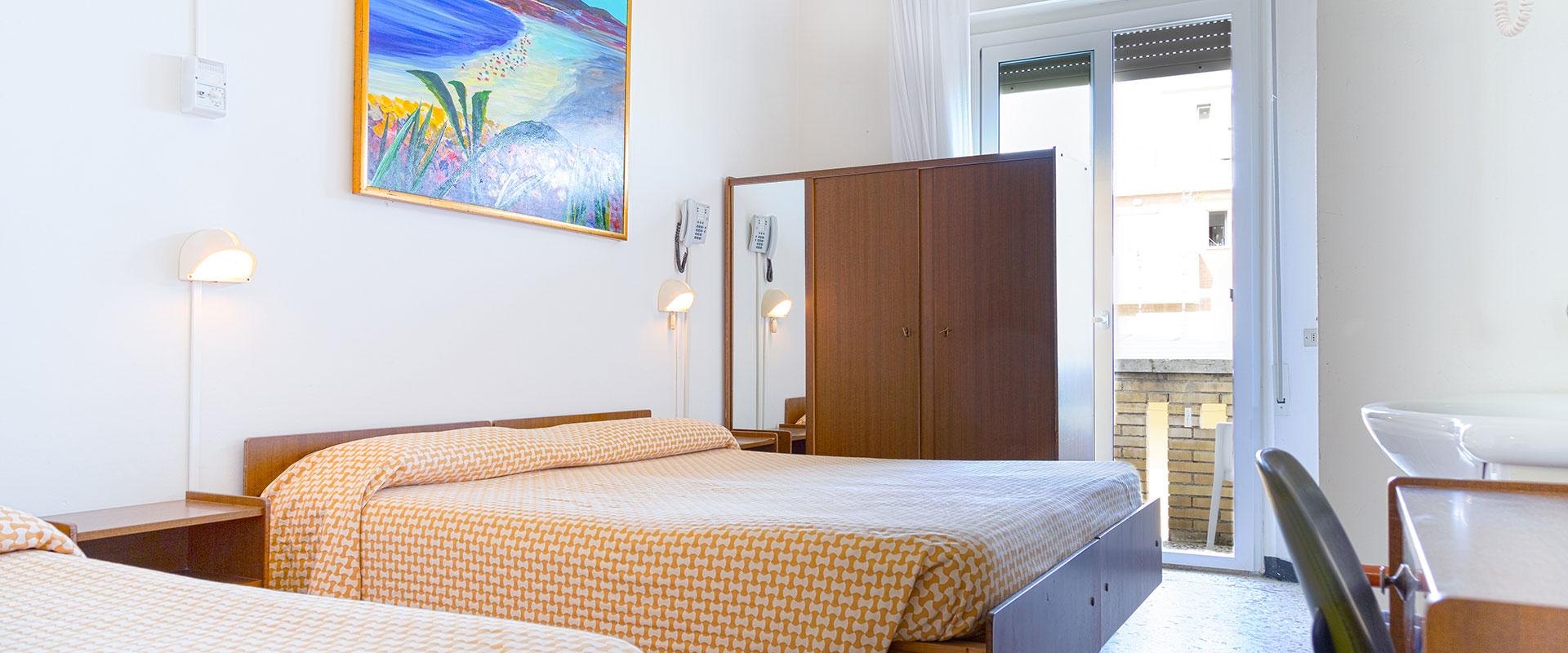 Hotel con spiaggia Torrette di Fano